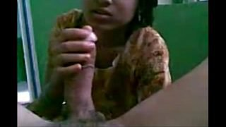 .com – Indian GF Homemade Blowjob